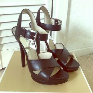 Michael Michael Kors oksana sandals